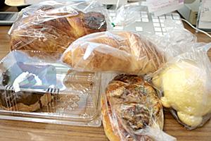 買ったパン全部