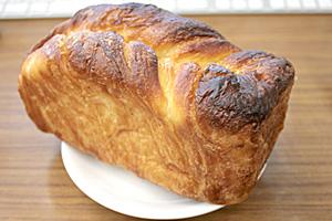 見た目は食パン、味はスイート☆