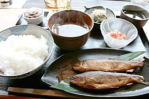 The 鮎甘露煮定食