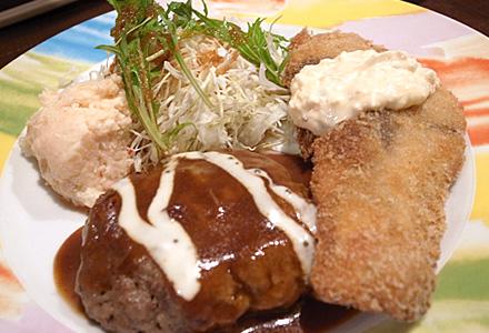 河崎2丁目食堂☆白身魚フライとハンバーグ