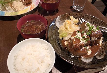 河崎2丁目食堂☆牛肉の赤ワイン煮セット
