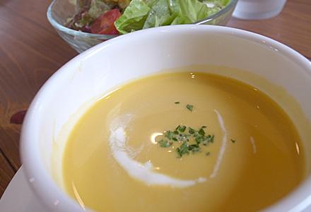 木のいえ 松阪店☆スープ