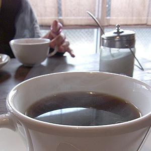 ↑美人(友人)と飲むコーヒー