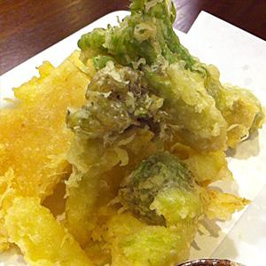 ↑春の天ぷらは美味いです。