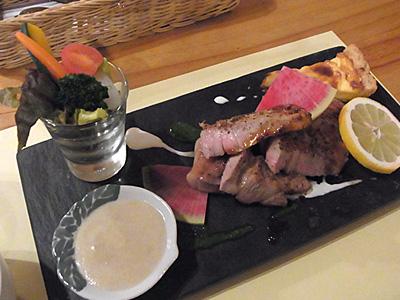 カフェ&レストラン ガウディ 04