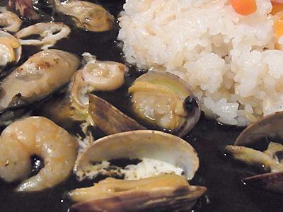 カフェ&レストラン ガウディ 09